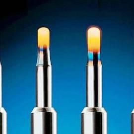 Pakaitinimo žvakės ir kada jas reikia keisti